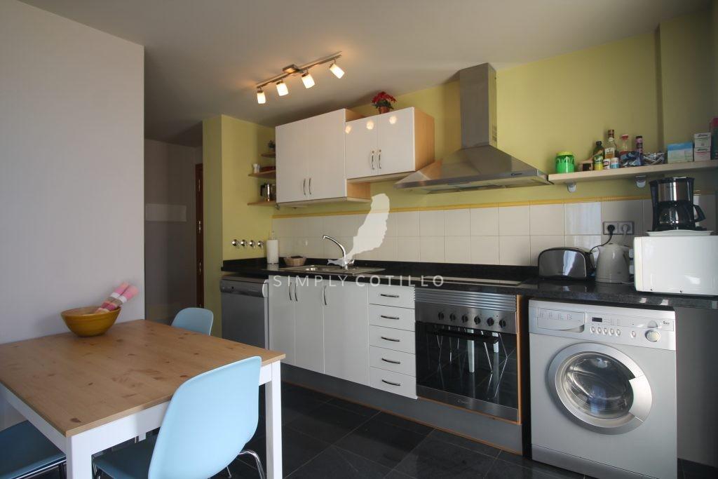 FV16-kitchen-2