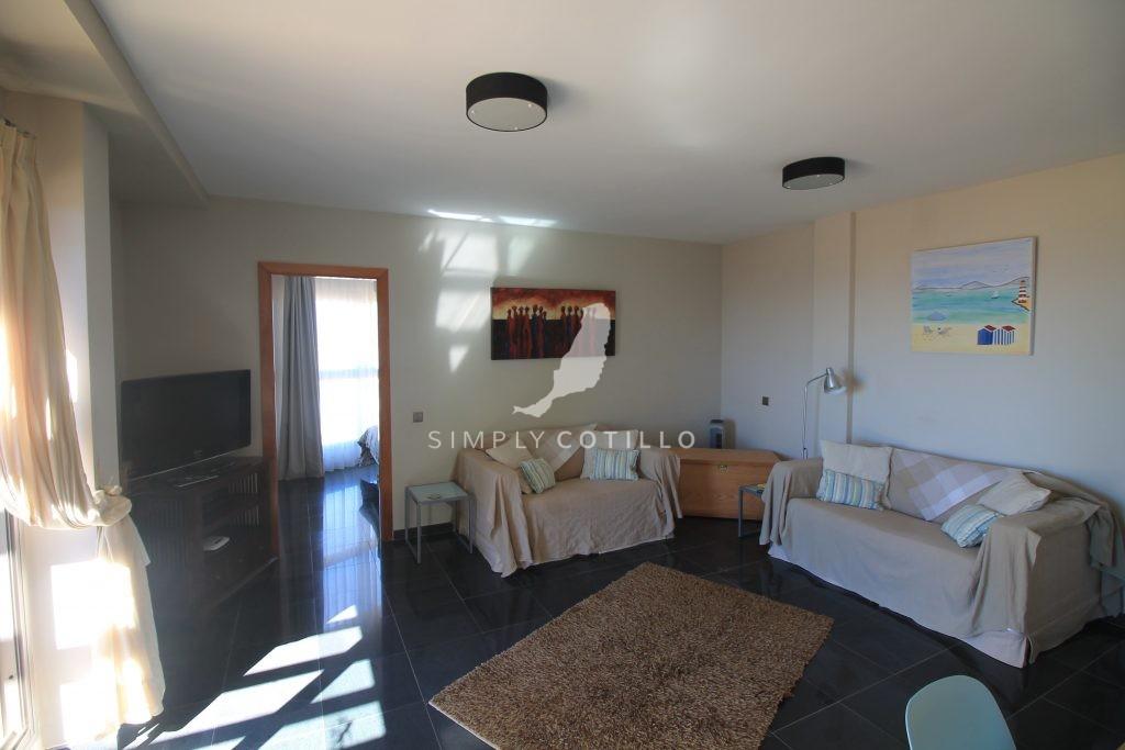 FV16-lounge-1