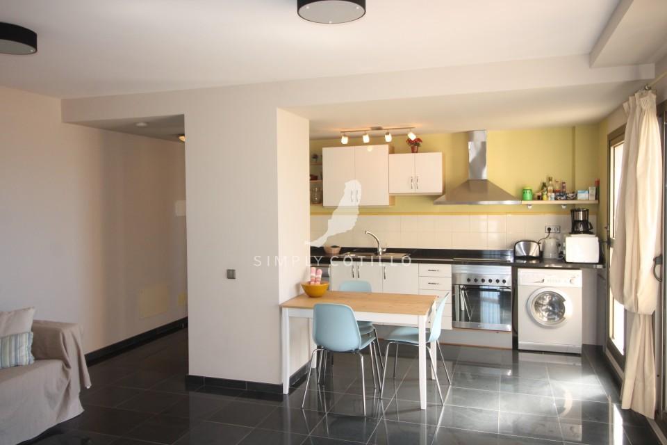 FV16 kitchen-3