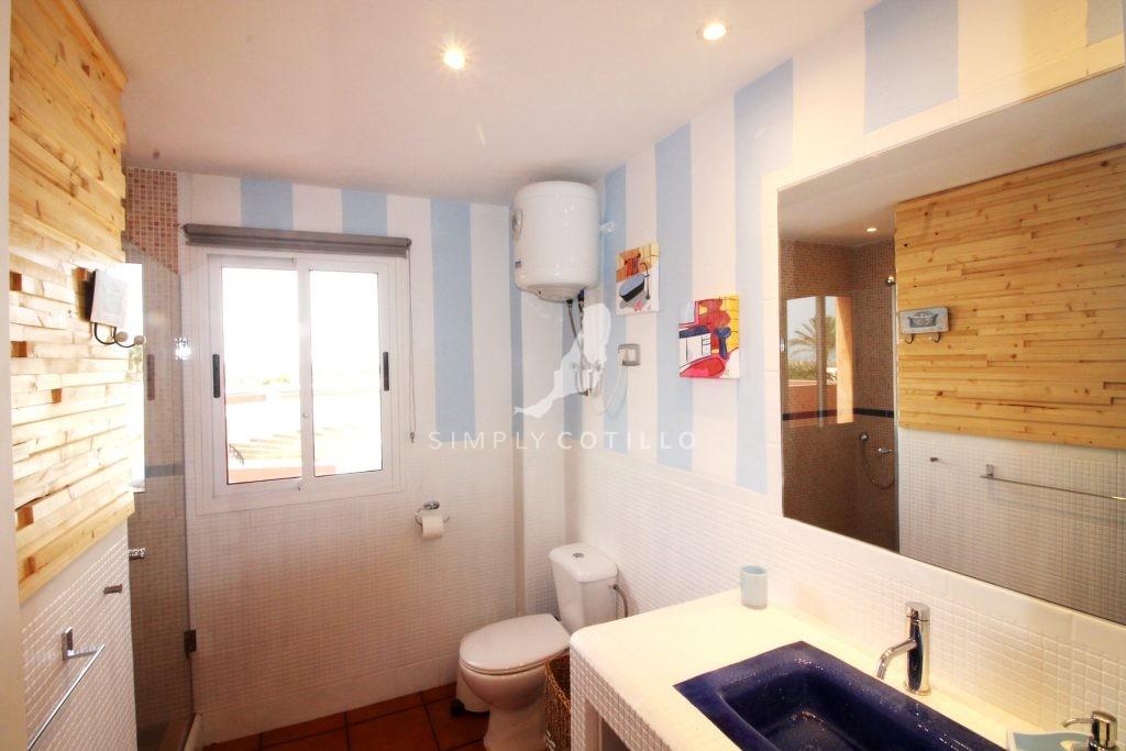 lib-bathroom-2